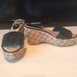 Chanel black 38 slide wedge patent leather sandals